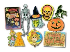 This was the first set of Halloween cutout decorations that I remember. You can see the witch and the scarecrow centerpiece. Those were my favorites!