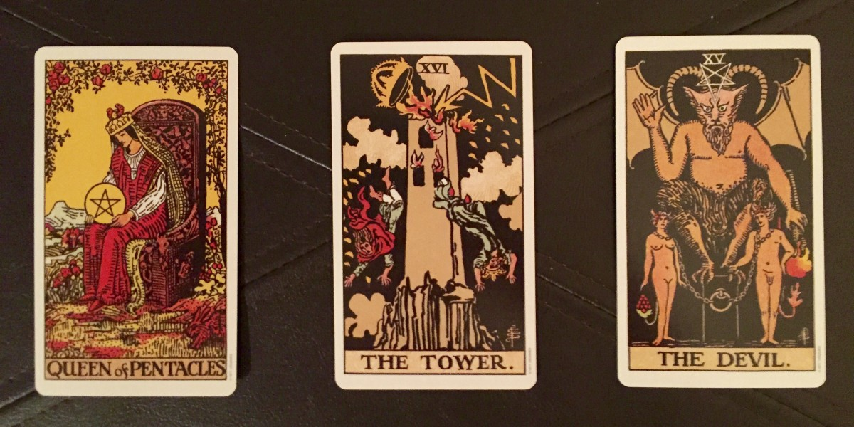 3 Card Tarot Spread for BigSeance.com's 400th Post!