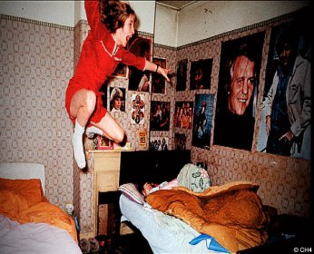 conjuring_2_enfield_poltergeist_big_seance_podcast_paranormal